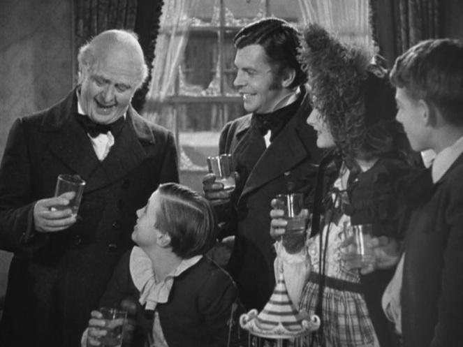 a-christmas-carol-1938-christmas-movies-27946003-1067-800